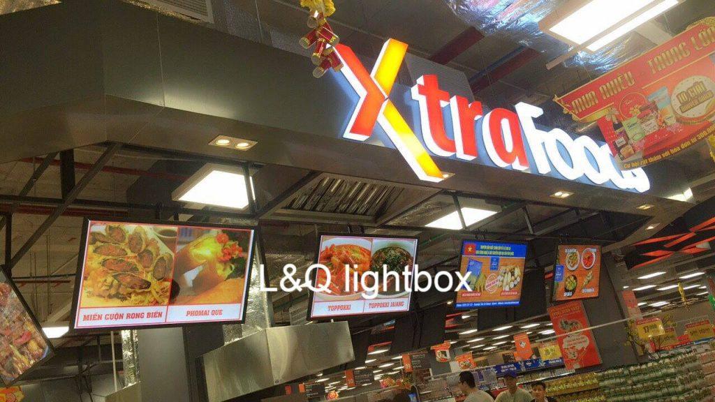 hộp đèn quảng cáo lightbox l&q tại siêu thị xtrafoods