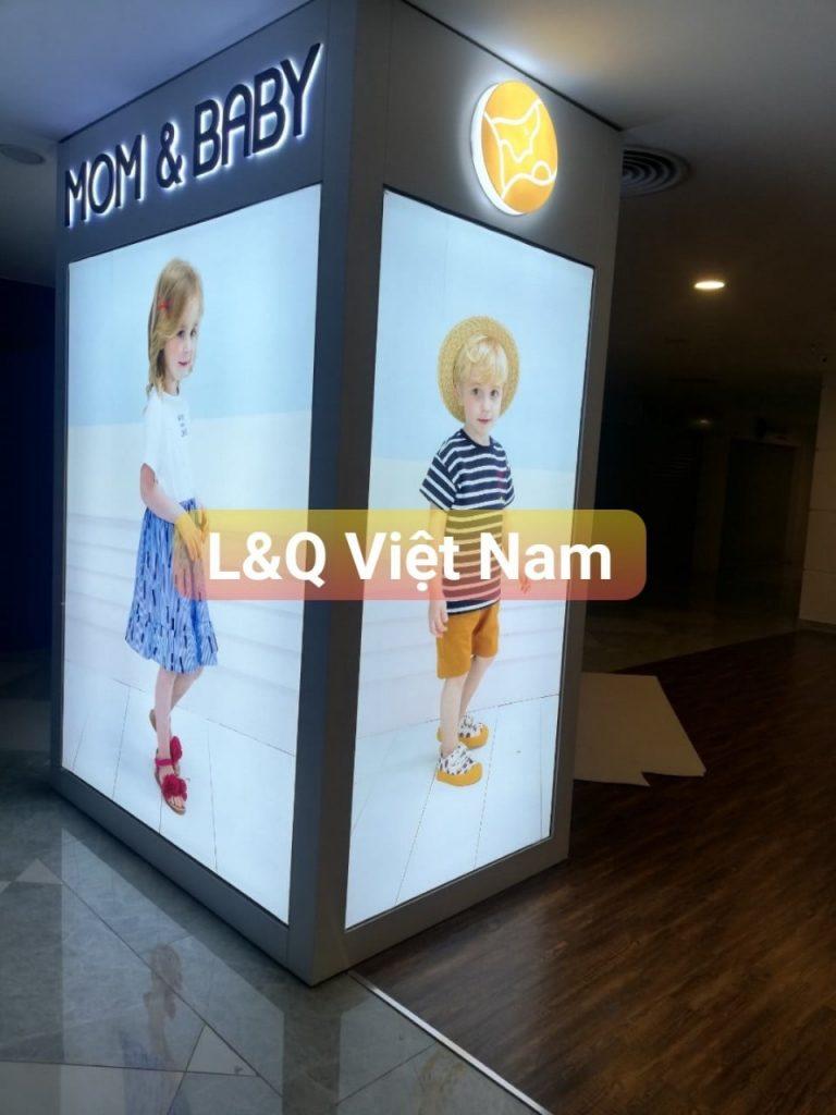 hộp đèn quảng cáo 3d mom & baby