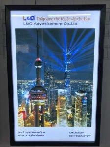 hộp đèn quảng cáo lightbox tòa nhà