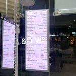 hộp đèn thủy tinh menu dịch vụ cho tiệm spa
