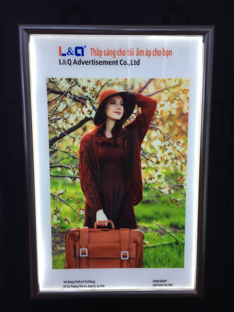 hộp đèn quảng cáo led lighbox nghệ thuật 4