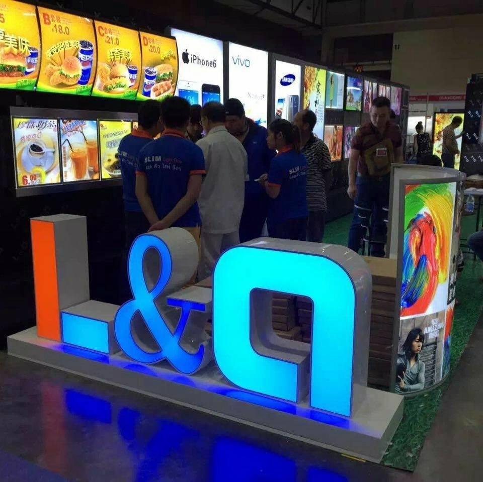 triễn lãm biển hiệu quảng cáo l&q lightbox