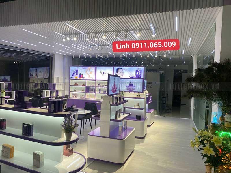 hộp đèn biển hiệu quảng cáo showroom mỹ phẩm bora 4