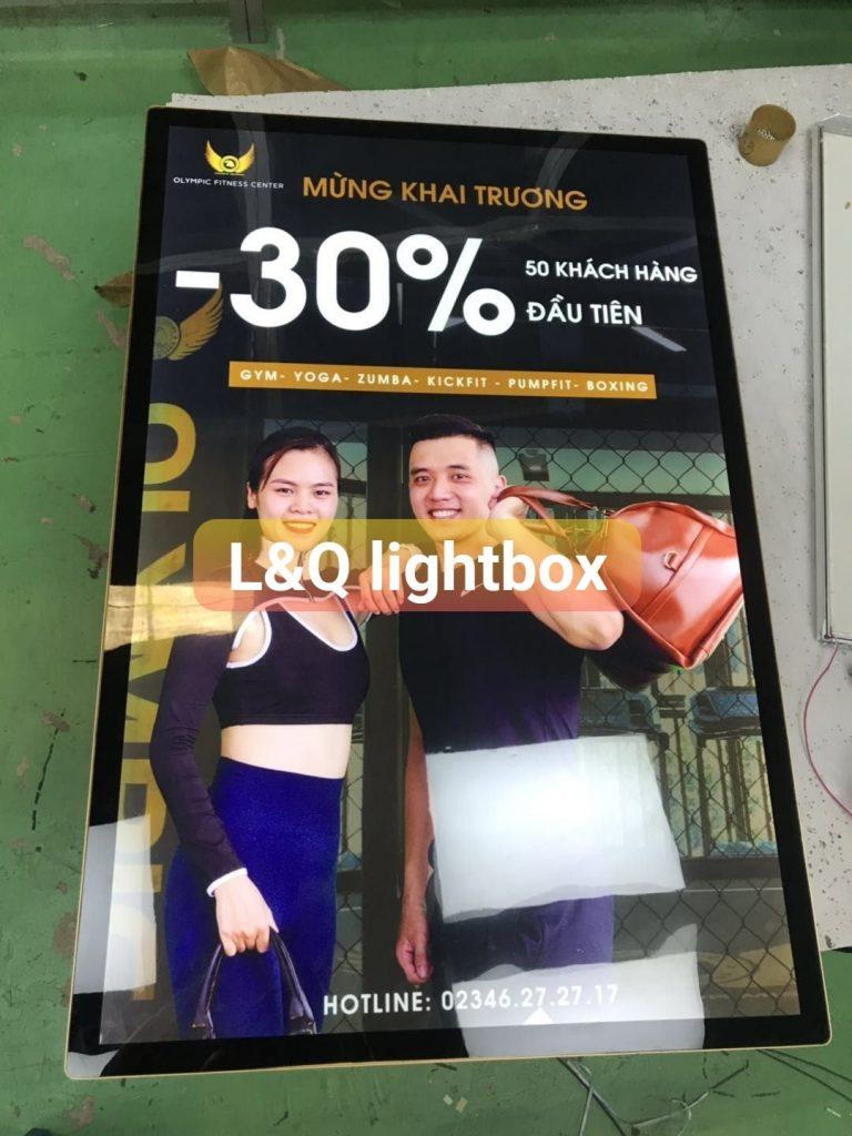 hộp đèn quảng cáo lightbox nắp hít tiệm fitness thể hình