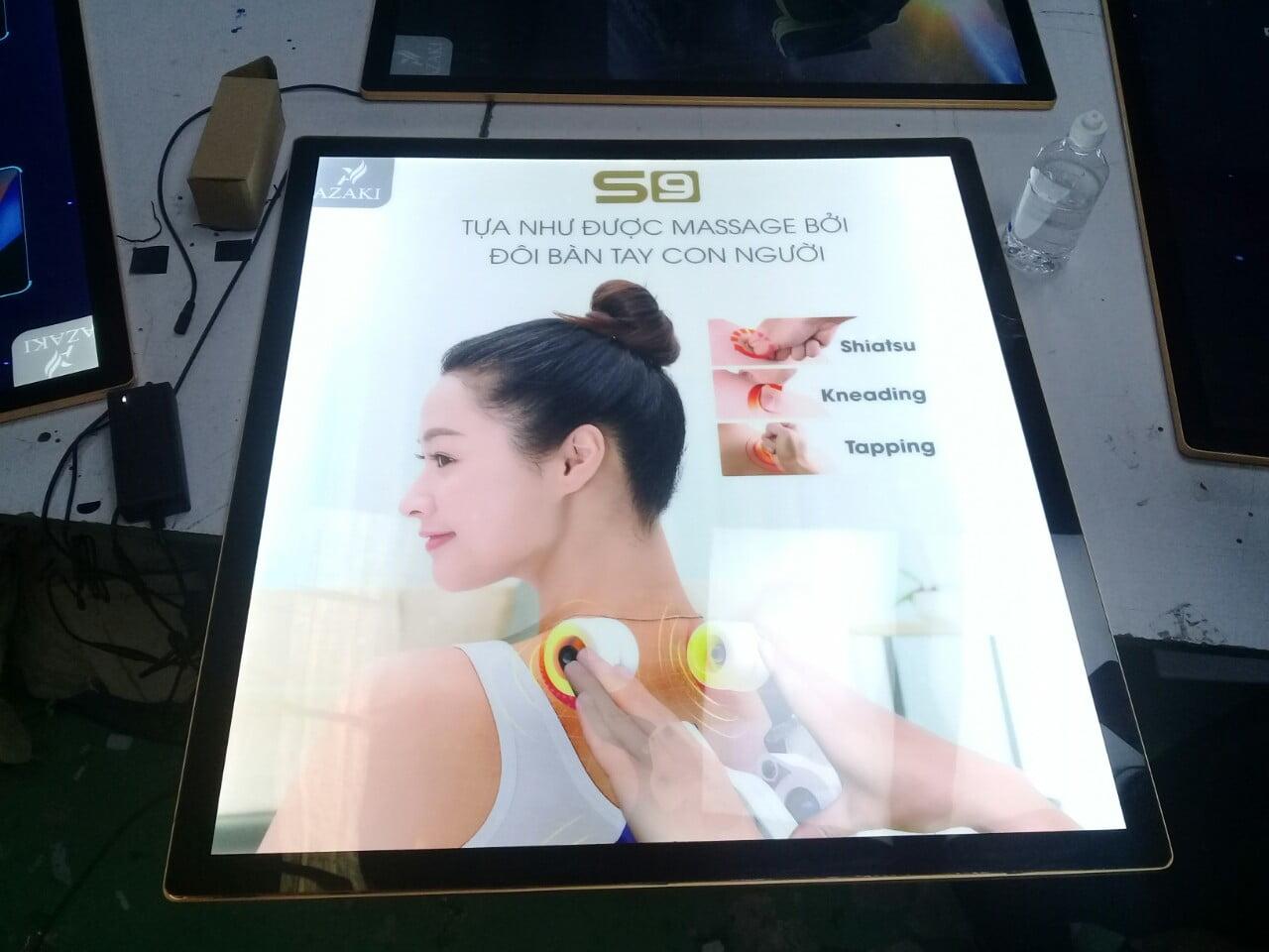 Hộp đèn nắp hít quảng cáo dụng cụ massage
