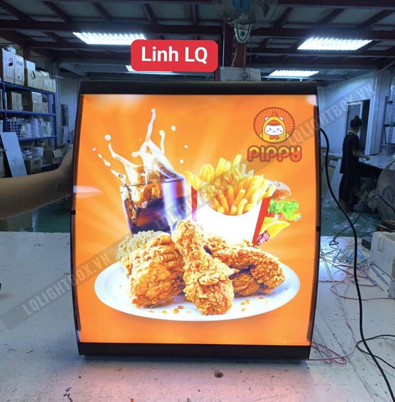 hộp đèn quảng cáo gà rán pippy