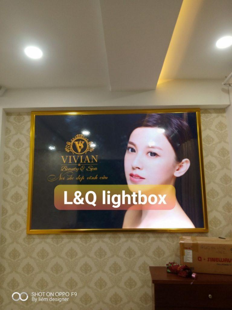 hộp đèn lightbox quảng cáo trung tâm spa chăm sóc sắc đẹp vivian