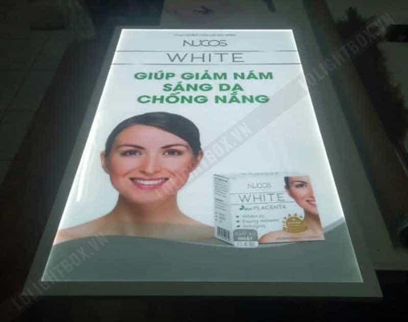 hộp đèn quảng cáo mỹ phẩm giảm nám và chống sạm nám nucos white
