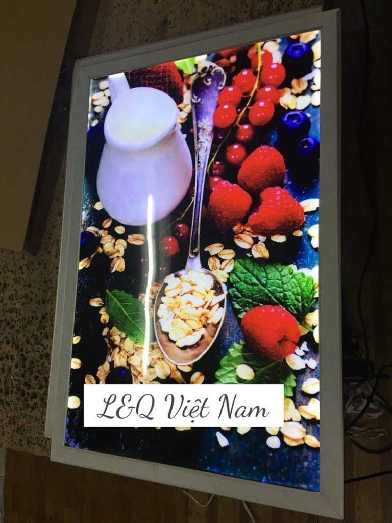 tranh điện mica quảng cáo thực phẩm tươi sống có cách decor đẹp mắt sáng tạo