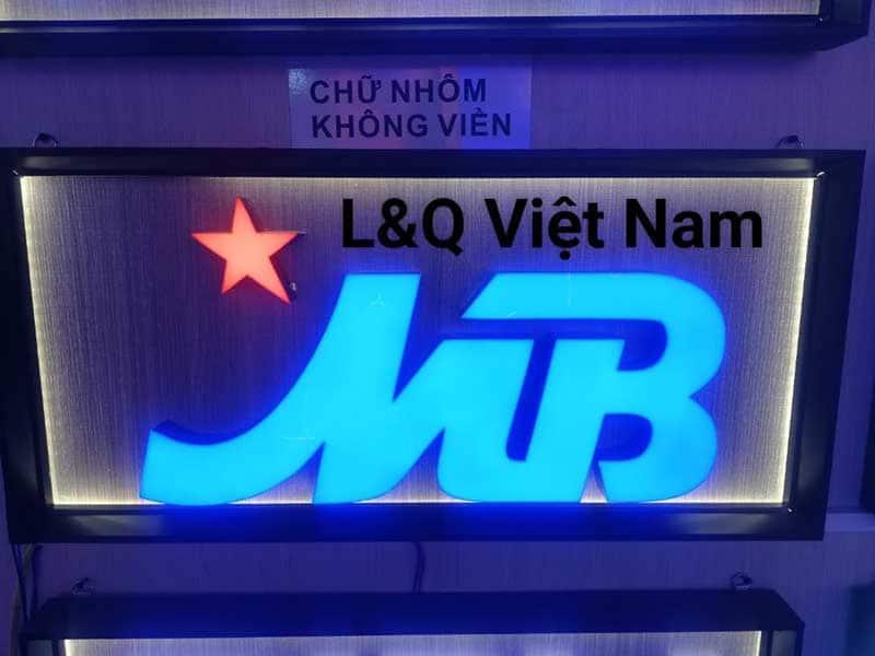 hộp đèn lightbox ngân hàng quân đội mb